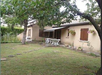 Appartager FR -  COLOCATION   sur   BOURG-LES-VALENCE        ( A  L'Année ), Bourg-lès-Valence - 300 € /Mois