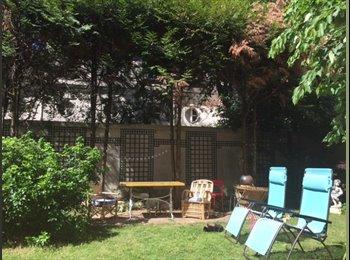 Appartager FR - Maison avec jardin!, 20ème Arrondissement - 900 € /Mois