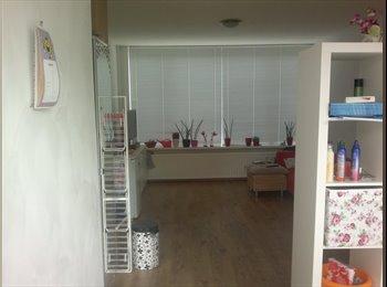 EasyKamer NL - Aangeboden recent volledig gerenoveerde kamer, Breda - € 575 p.m.