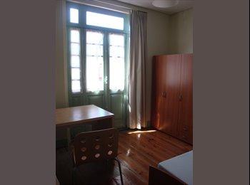 EasyQuarto PT - apartamento estudantes, Porto - 210 € Por mês