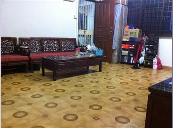EasyRoommate SG - Single room near Buona Vista MRT available. Looking for tenants (single or sharing). NO OWNER. Furni, Commonwealth - $900 pm