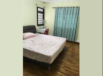 EasyRoommate SG - Sengkang MRT Common Room, Sengkang - $600 pm
