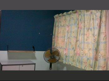 EasyRoommate SG - Room to Let 2 min to MRT, Dakota - $800 pm