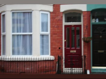 EasyRoommate UK - Double room in Aigburth - nr Sefton Park/Lark Lane, Dingle - £300 pcm