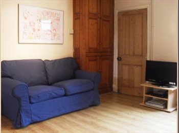 EasyRoommate UK - Lovely 5 Bed Student House in Loughborough, Loughborough - £385 pcm