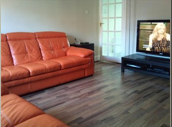 EasyRoommate UK - Double room to rent, Landport - £400 pcm