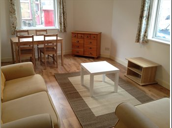 EasyRoommate UK - Room ideal for young professionals 10mins to town!, York - £340 pcm