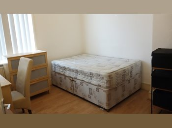 EasyRoommate UK - 10 min walk to city centre [All BILLS Included] , Spital Tongues - £330 pcm