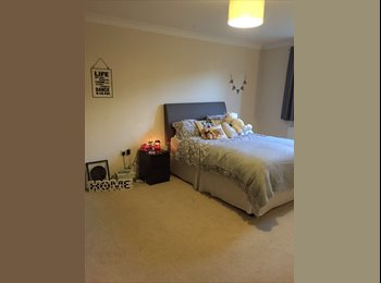 EasyRoommate UK -  Rooms from  £400 - AMAZIMG!, Stanningley - £400 pcm