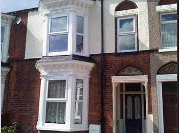 EasyRoommate UK - Single Room for £60 per week, Grimsby - £280 pcm