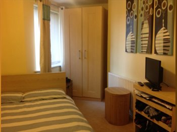 EasyRoommate UK - Double Room in Lovely Flat, Stevenage - £450 pcm