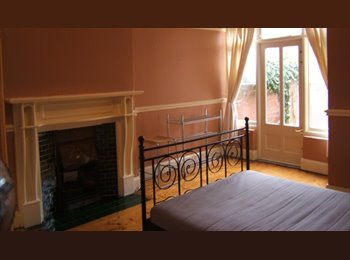 EasyRoommate UK - Single Bedded Room Available, Chester - £315 pcm