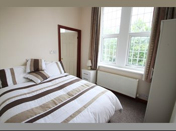 EasyRoommate UK - All Inclusive Ensuite Rooms in a Professional Houseshare , Heaton - £420 pcm