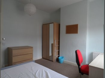 EasyRoommate UK - Room Available now - September , Selly Park - £315 pcm