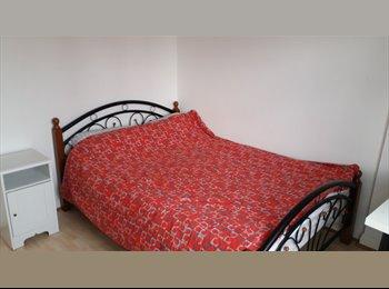 EasyRoommate UK - # Lovely Double room near Limehouse DLR/Commercial Road, Whitechapel - £693 pcm