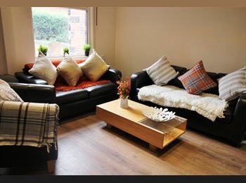 EasyRoommate UK - Modern and Central Headingley Student House Share Available from 1st July BILLS INCLUDED, Headingley - £415 pcm