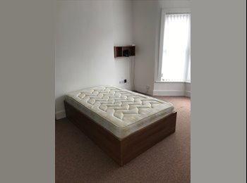 EasyRoommate UK - Various rooms close to Penny Lane and Allerton Road, Mossley Hill - £272 pcm
