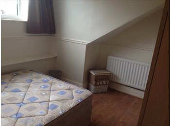 EasyRoommate UK - Two large attic bedrooms to rent various dates please ask, Benwell - £334 pcm