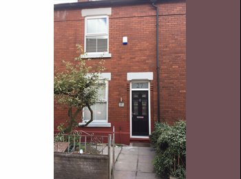 EasyRoommate UK - 5 Bed Student Property, Fallowfield - £520 pcm