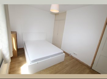 EasyRoommate UK - 1 double room available now all new, Maida Hill - £823 pcm