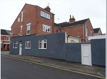 EasyRoommate UK - All inclusive excellent modern studio in City Centre, Coventry - £700 pcm