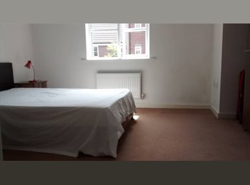EasyRoommate UK - A large Double Room To Rent, Sutton-in-Ashfield - £350 pcm