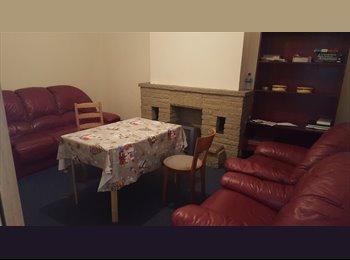 EasyRoommate UK - J Cheap single room in nw10, Harlesden - £560 pcm