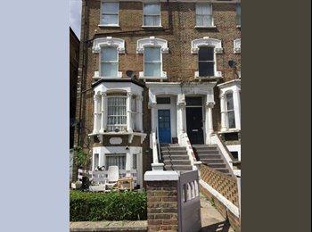 EasyRoommate UK - S 2 Modern Double Rooms in Highbury All Bills Incl , Highbury - £930 pcm