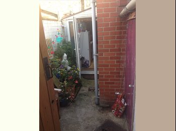 EasyRoommate UK - Friendly quiet house close to city centre., York - £400 pcm