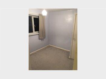 EasyRoommate UK - Single romm to rent, Watford - £350 pcm