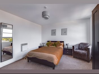 EasyRoommate UK - New Prestigious Bedroom w/Netflix and Apple TV - Limehouse, Limehouse - £1,083 pcm
