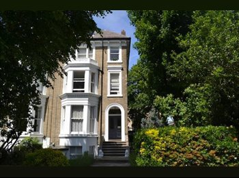 EasyRoommate UK - Room to rent in Richmond/St Margaret's , St Margarets - £520 pcm