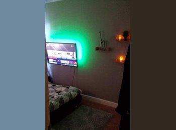 EasyRoommate UK - Double Room Ashby , Scunthorpe - £325 pcm
