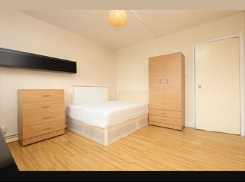 EasyRoommate UK - 3 BED FLAT BRAND NEW WITH BIG BALCONY!!, Elephant and Castle - £700 pcm
