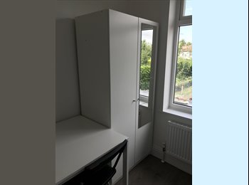 EasyRoommate UK - Newly refurbished single and double rooms close science park , Chesterton - £550 pcm