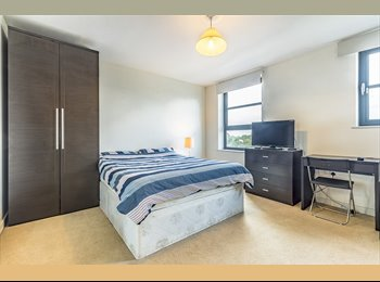 EasyRoommate UK - Amazing Double Room w/All Bills Inc - Limehouse, Limehouse - £1,126 pcm