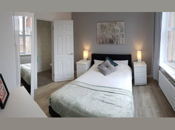 EasyRoommate UK - **Beaut New Refurb House Available Now**, Rise Park - £467 pcm