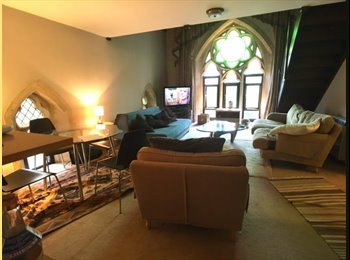 EasyRoommate UK - Large Double Room with own Bathroom in Beautiful 2 Bed Apartment, West Ealing - £950 pcm