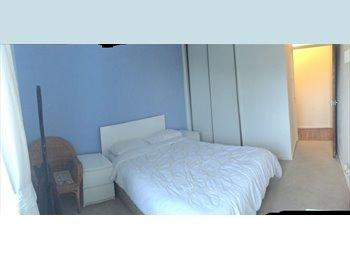 EasyRoommate UK - Nice doublebedroom near Ncl University and RVI, Spital Tongues - £325 pcm