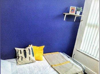 EasyRoommate UK - *Single Room*Clean & Friendly House-share, Wavertree - £285 pcm