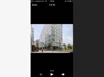 EasyRoommate UK - Stunning Enuite room to rent in a 2 bedroom flat , Milton Keynes - £650 pcm
