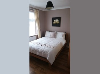 EasyRoommate UK - Double room available , Southend-on-Sea - £400 pcm