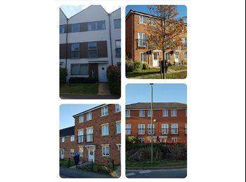 EasyRoommate UK - 5 & 6 BEDROOM HOUSES AVAILABLE, Hatfield - £2,300 pcm