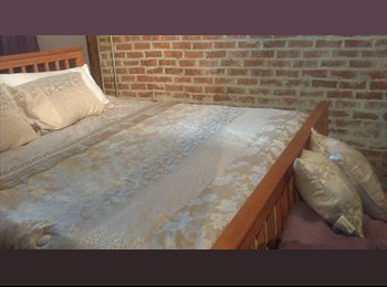 EasyRoommate US - Heights Studio -All bills paid, Greater Heights - $1,700 pm