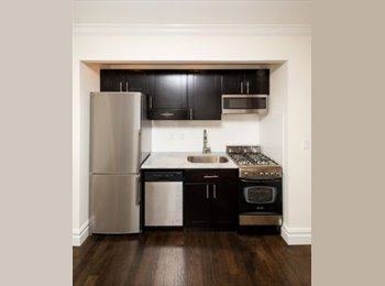 EasyRoommate US - Luxury Renovated UES + W/D, Lenox Hill - $1,600 pm