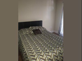 EasyRoommate US - Nice room with balcony , University Park - $750 pm