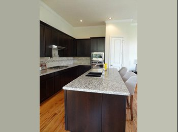 EasyRoommate US - One room in the Houston Heights area!, Shady Acres - $800 pm