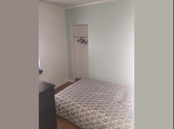 EasyRoommate US - Cozy Room in Hells Kitchen NYC, Hell's Kitchen - $1,500 pm