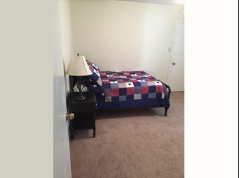 EasyRoommate US - Converse room for rent, Huntleigh - $600 pm