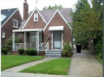 EasyRoommate US - Very Nice and Cozy Room for rent., Barton - McFarland - $395 pm